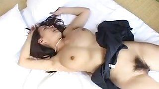 Pretty hot asian gets fucked by her boyfriend on her bed