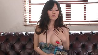 Toying the pussy of a Japanese beauty Manami Komukai