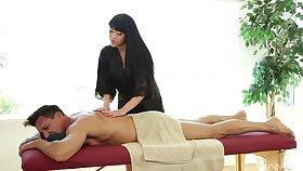 Jayden Lee likes when a dude cum vulnerable her tits after sex vulnerable the massage desk