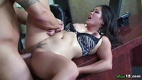 Jessica Bangkok gets her pussy licked and fucked by her horny band together