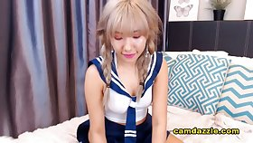 Asian Babe Adorable Naughty Cam Show